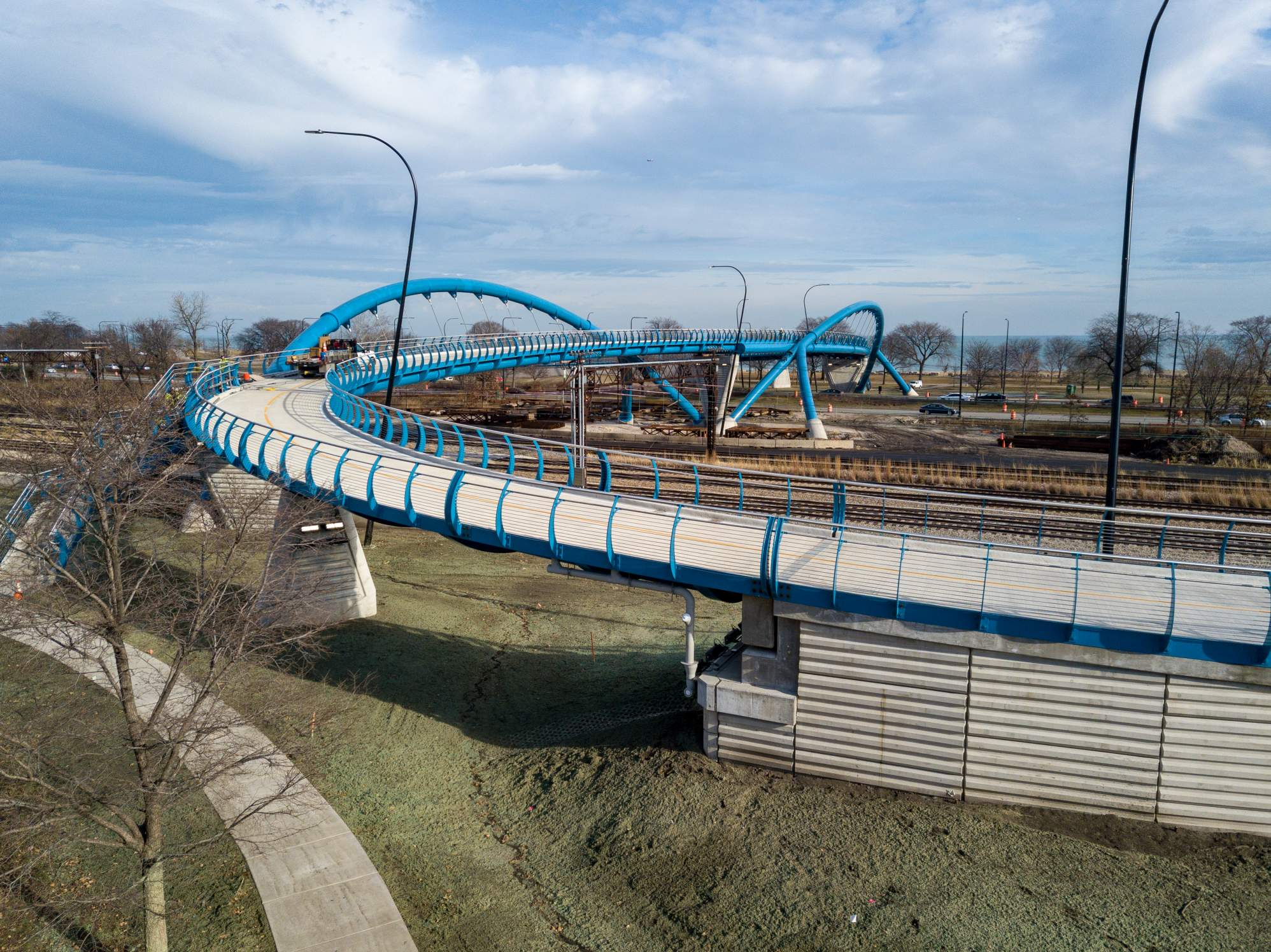 41st Street Steel Arch Pedestrian Bridge in Chicago wins 2019 Excellence in Structural Engineering Awards from the national council of structural engineers associations